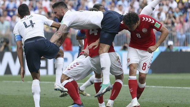 Δανία και Γαλλία έφεραν το πρώτο 0-0 (photos + videos)