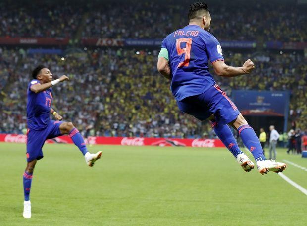 Η Κολομβία αντεπιτίθεται, 3-0 την Πολωνία (photo + videos)
