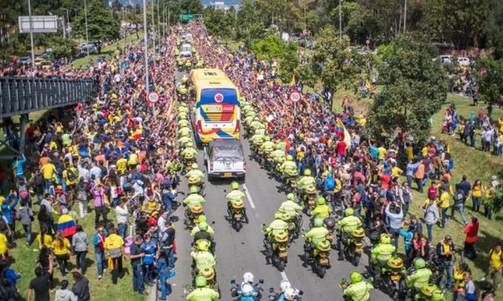 Υποδοχή ηρώων για τους παίκτες της εθνικής Κολομβίας