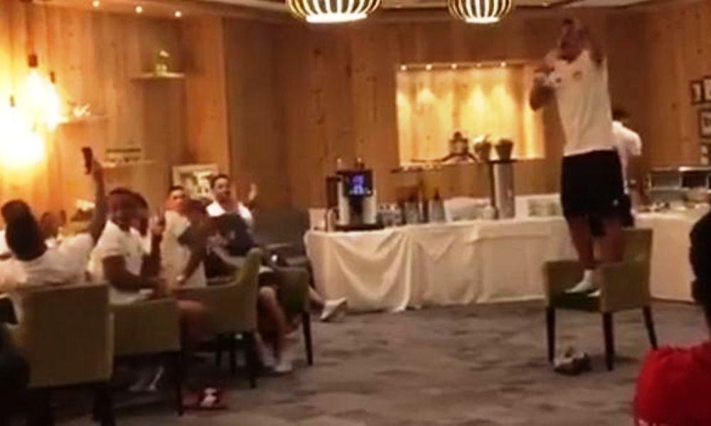 VIDEO: Ο Χριστοδουλόπουλος τραγουδά τον ύμνο του Ολυμπιακού!