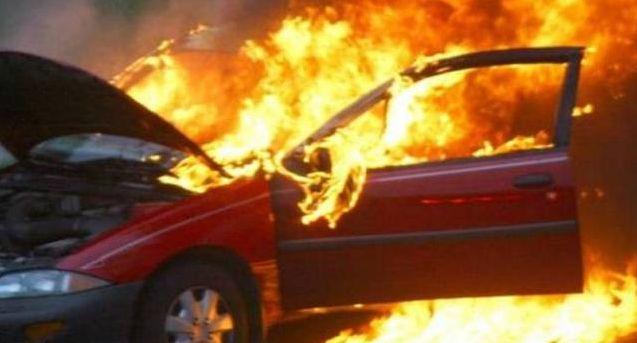 Super League: Έκαψαν το αυτοκίνητο διεθνή επόπτη! (photo)