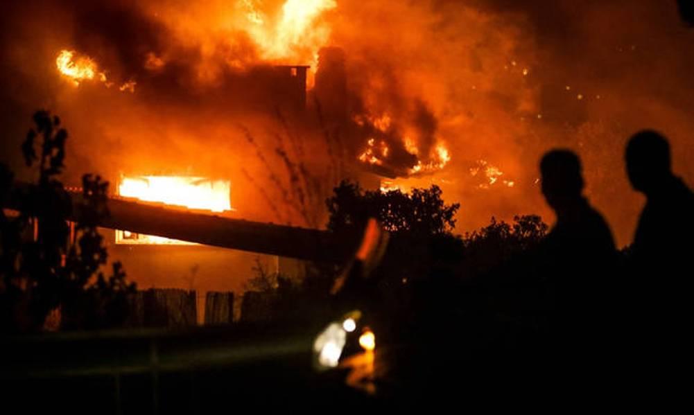 Φόβοι και για τρίτο νεκρό από τις φονικές πυρκαγιές στην Αττική