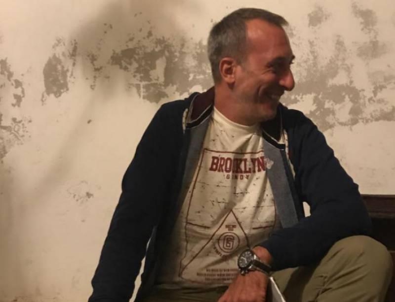Στην Καλαμάτα για διακοπές ο Κώστας Βαϊμάκης (photos)