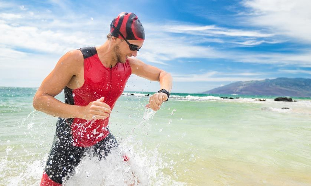 Καλοκαίρι και άσκηση στην παραλία
