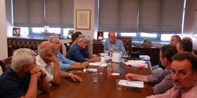 Σύσκεψη Νίκα με εκπροσώπους των σωματείων της Καλαμάτας