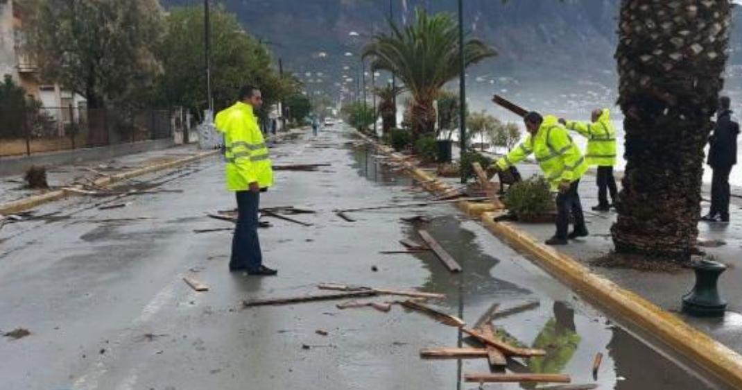 Παραμένει κλειστή η Ναυαρίνου στην Καλαμάτα (photo)