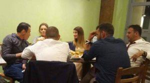"""Στην """"Λαδορίγανη"""" με τον Χρήτσο Γάτση, η Μαρία Μενούνος! (photo)"""
