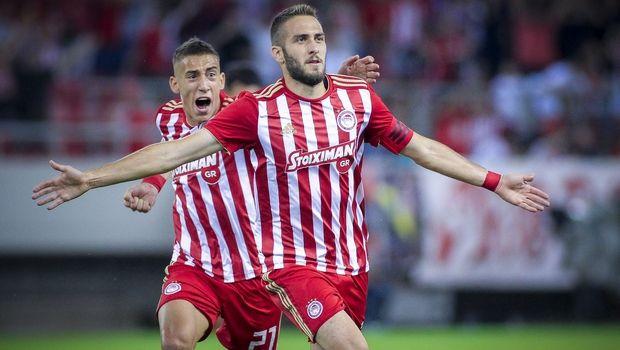 Europa League: Στην κορυφαία ενδεκάδα Φορτούνης και Τσιμίκας