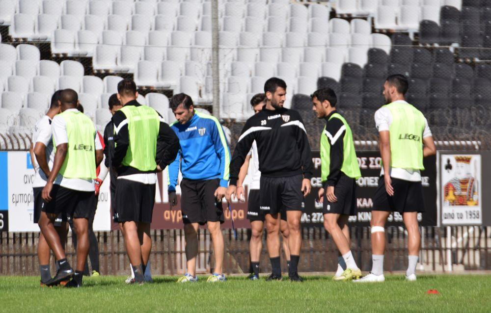 Δεκαεννιά παίκτες ανακοίνωσε ο Χριστόπουλος…