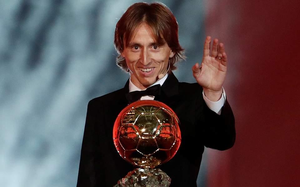 Χρυσή Μπάλα 2018: Ο Μόντριτς αφιερώνει το βραβείο σε Τσάβι, Ινιέστα και Σνάιντερ…!!!