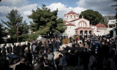 Θέμος Αναστασιάδης: Πλήθος κόσμου στο τελευταίο αντίο (photos) 7