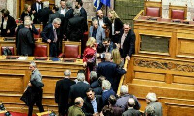 """Διεθνή ΜΜΕ: """"Παθιασμένη ομιλία Τσίπρα"""" - """"Ξεπέρασε ένα σημαντικό εμπόδιο για την Συμφωνία των Πρεσπών"""" 5"""