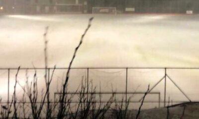 Το χιόνι κάλυψε το γήπεδο του Διστόμου, προς αναβολή και το ματς με το Ύπατο... (photos) 19