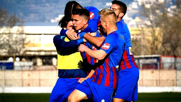 Football League: Με τριάρα στο +8 ο Βόλος, βαθμό στο 91′ η Παναχαϊκή