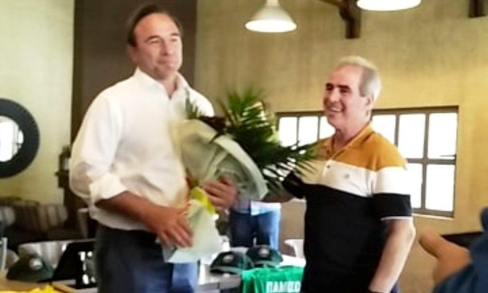 """Ο Πέτρος Κόκκαλης στη Μεσσήνη: """"Πρώτη φορά με βράβευσε ομάδα με… πράσινο τριφύλλι""""! (photos)"""
