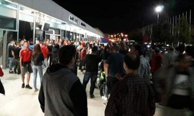 Χαμός στο αεροδρόμιο της Ρόδου: Πάνω από 200 άτομα υποδέχθηκαν τον Διαγόρα (photos) 34