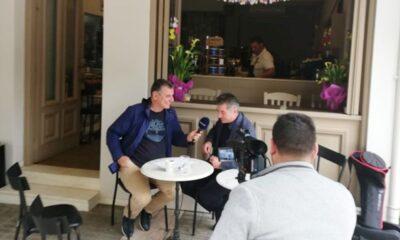 """Ο Θοδωρής Ζαγοράκης μιλά """"εφ' όλης της ύλης"""" στην τηλεόραση Best - Τα """"μπακ στέιτζ"""" της συνέντευξης! (photos) 13"""
