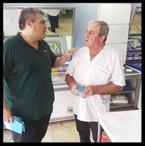 Επίσκεψη του Μίλτου Χρυσομάλλη στα εμπορικά καταστήματα της Μεσσήνης (photos)