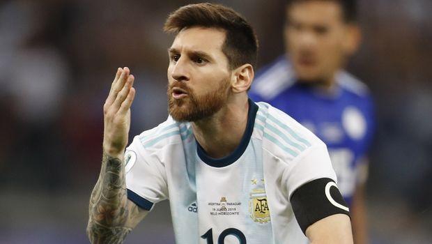 Κόπα Αμερικά: Ισόπαλη με Παραγουάη η Αργεντινή, σκόραρε με πέναλτι ο Μέσι (+videos)