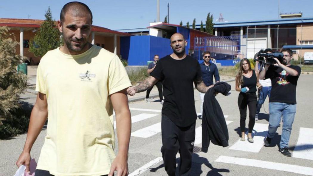 O Έλληνας που έφυγε τρέχοντας από το σπίτι του Ραούλ Μπράβο…