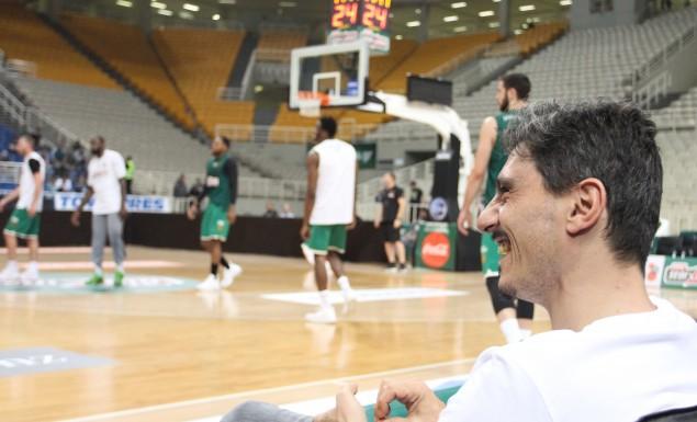 Στο ένα ευρώ (!) το εισιτήριο με Προμηθέα ο Γιαννακόπουλος, μπας και… ψιλο γεμίσει έτσι το ΟΑΚΑ!