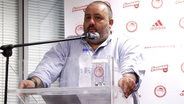 Ολυμπιακός: Απάντηση-βόμβα από Καραπαπά για Σαββίδη (photos)