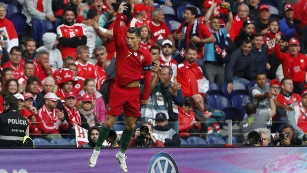 """Πορτογαλία – Ελβετία 3-1: Το """"καθάρισε"""" ο Κριστιάνο Ρονάλντο με χατ-τρικ (+videos)"""