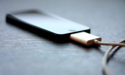 Τρομερό κόλπο: Έτσι θα φορτίζετε το κινητό σας σε λιγότερο χρόνο 12