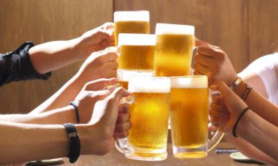 Πως να διατηρήσετε παγωμένες τις μπίρες στην παραλία 8