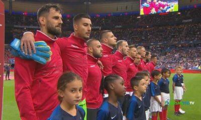 Οι Γάλλοι μπέρδεψαν τον ύμνο της Αλβανίας! (+video) 21