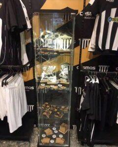 Βγήκαν για πώληση οι νέες… Super League φανέλες της Μαύρης Θύελλας (photo)