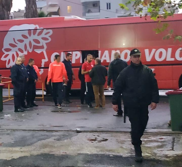 """""""Φωνές"""" Ολυμπιακού Βόλου κατά της διαιτησίας με Νίκη!"""