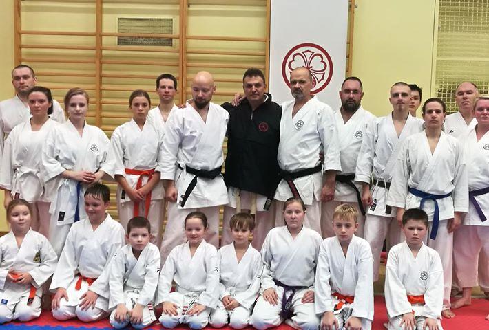 Μεγάλη επιτυχία το τριήμερο σεμινάριο στην Πολωνία από τον προπονητή του συλλόγου Ling Sung Καλαμάτας Βασίλη Μπεσσή