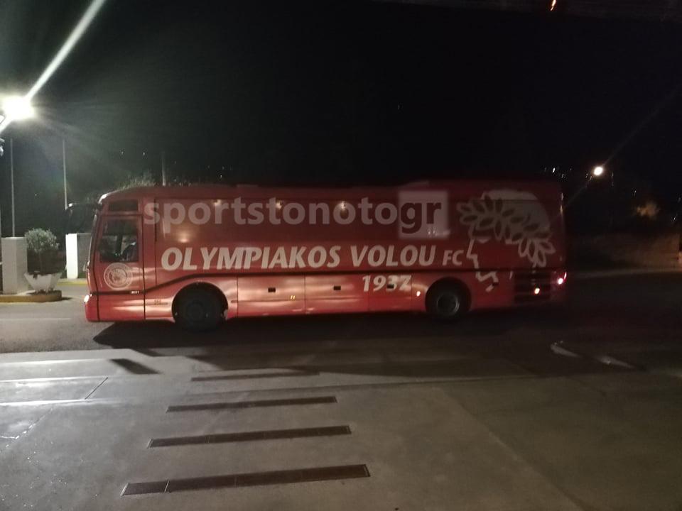 Η άφιξη του Ολυμπιακού Βόλου στην Καλαμάτα (pics +videos)
