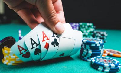 Η μπλόφα και η σημασία της στο Πόκερ 8
