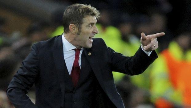 Βρήκε επιτέλους… προπονητή – φθηνό βέβαια πάλι – ο Ίβιτς για ΑΕΚ