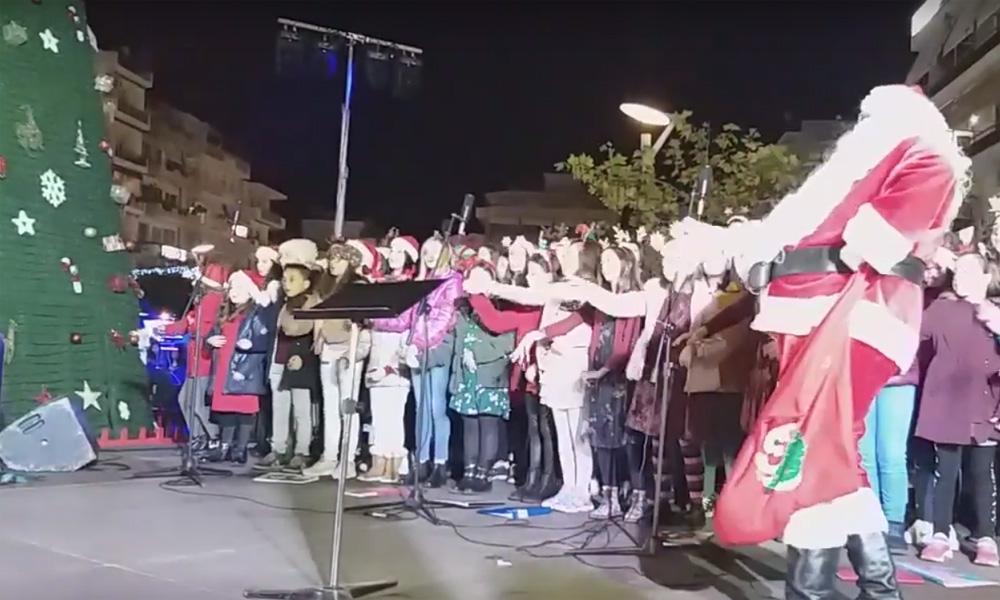 Δήμος Καλαμάτας: Φωταγώγηση Χριστουγεννιάτικου Δέντρου (+videos)