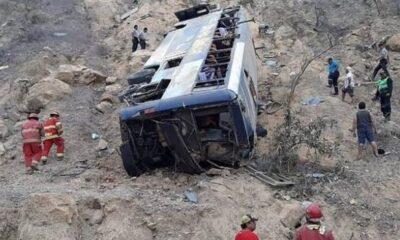 Λεωφορείο έπεσε σε χαράδρα, σκοτώθηκαν 8 φίλαθλοι της Μπαρτσελόνα SC 24