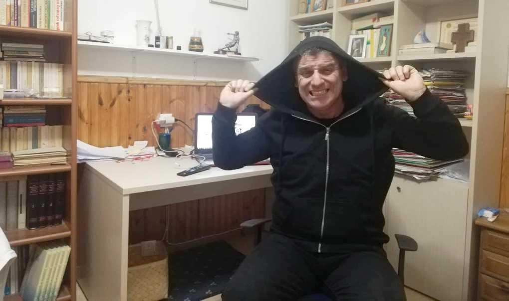 """Απαρηγόρητος για ήττα σε Βόλο, ο Σωτήρης: """"Θα βάλουμε πάλι… κουκούλα""""!!! (video)"""