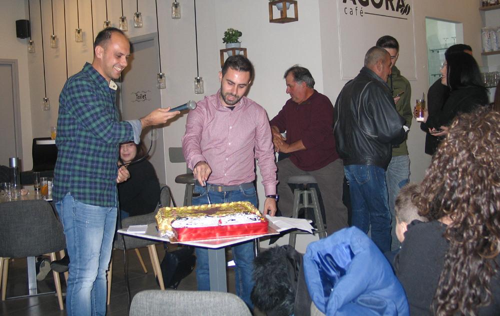 """ΑΣΤΕΡΑΣ ΒΑΛΥΡΑΣ F.C ΙΘΩΜΗΣ: Με επιτυχία η κοπή της πίτας στο """"AGORAcafe"""" (photos)"""