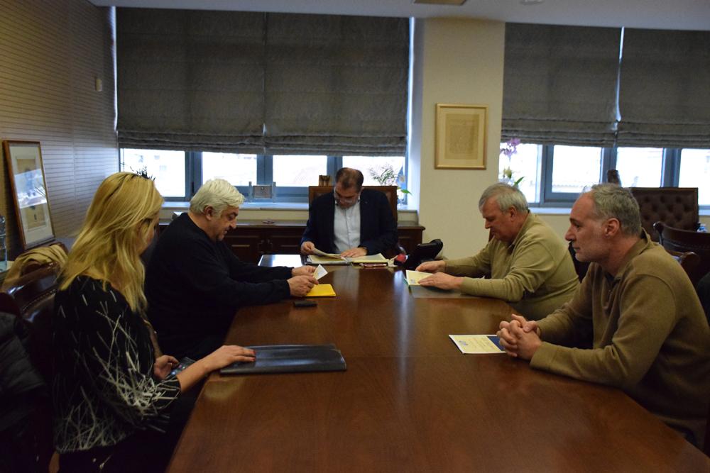 Συνάντηση του Δημάρχου Καλαμάτας με εκπροσώπους της Ελληνικής Ομοσπονδίας Πετοσφαίρισης
