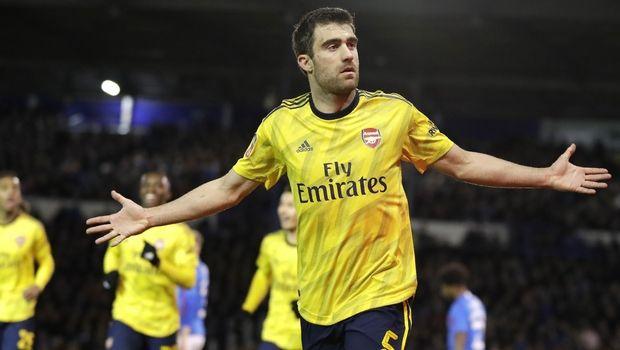 Ξεπέρασε τον αποκλεισμό με πρόκριση στο FA Cup η Άρσεναλ – Γκολ ο Σωκράτης (+video)