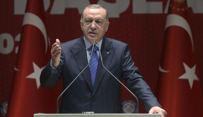 Ερντογάν: Οι Έλληνες θα χρειαστούν το έλεος που χρειάζονται οι πρόσφυγες