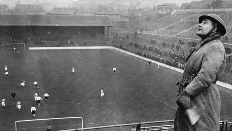 Οταν οι Αγγλοι έπαιζαν μπάλα… κανονικά, υπό την απειλή του Χίτλερ
