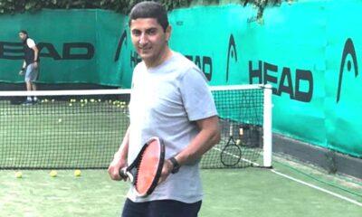 Άσε το τένις, Αυγενάκη... 21