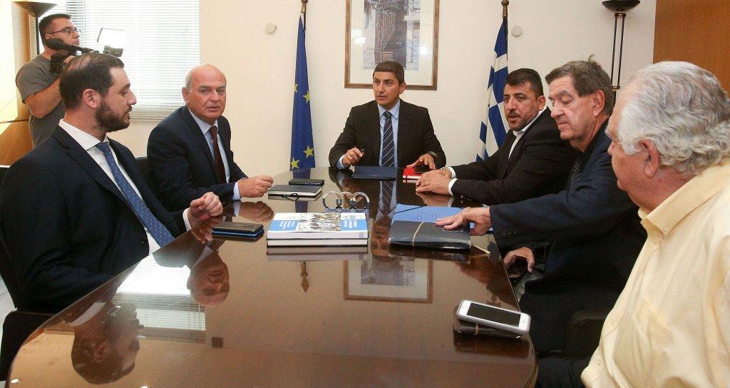 """Ρε, μας δουλεύετε όλοι σας; """"Σύψας: Κανένα αίτημα από SL2/FL & Αυγενάκη για έναρξη""""!!!"""
