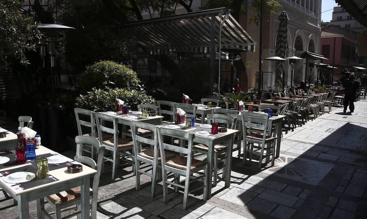 Εστίαση: Κατατέθηκε η τροπολογία για τραπεζοκαθίσματα – Τι προβλέπει για εστιατόρια – καφέ