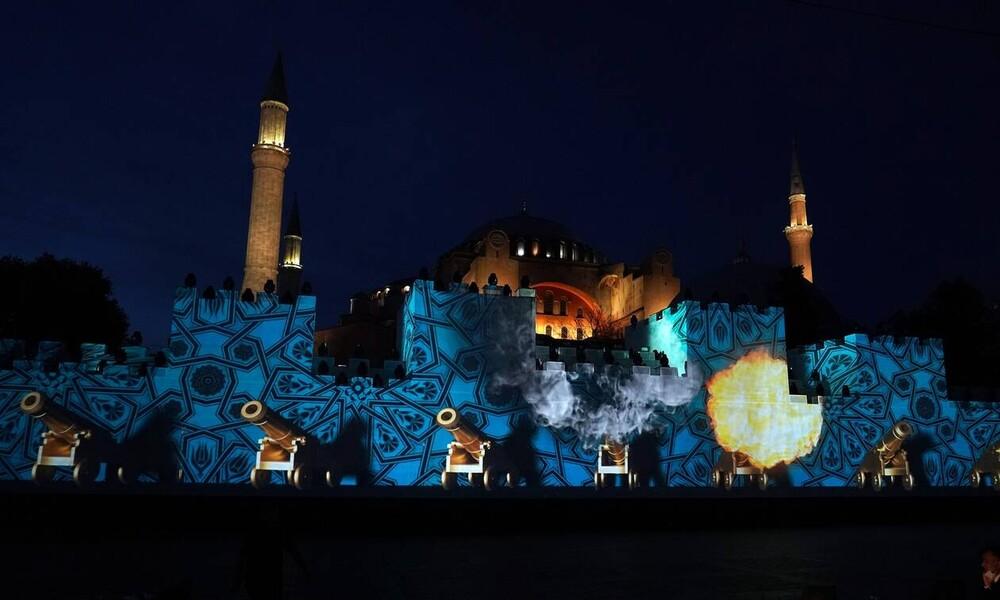 Οργή για το καρακιτσάτο αίσχος του Ερντογάν (+video)