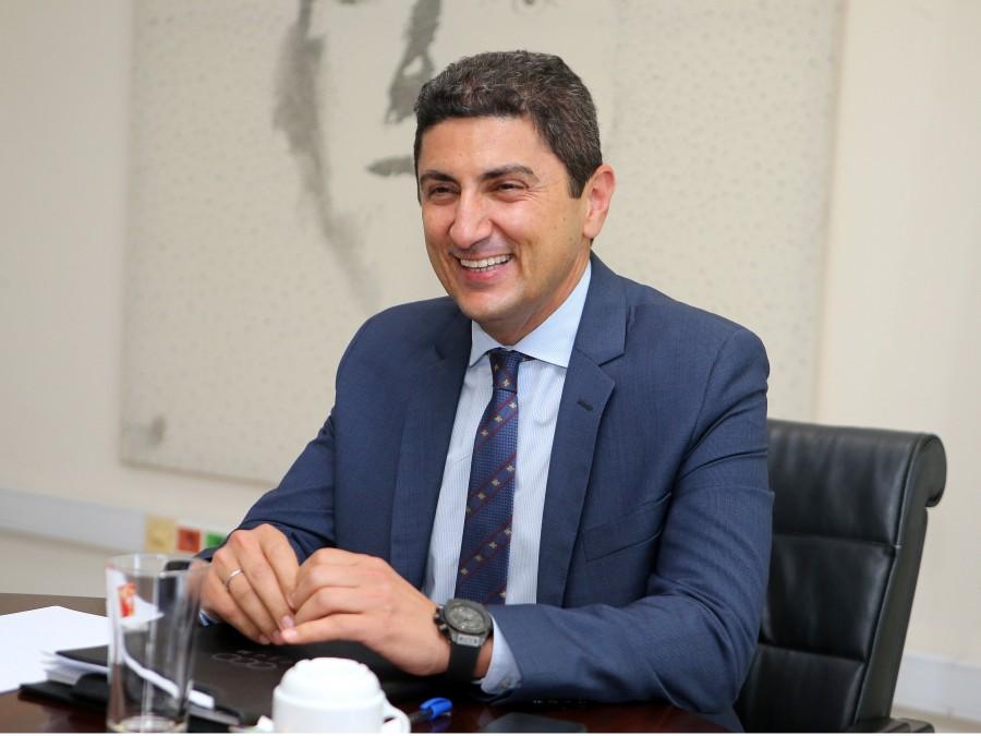 Αυγενάκης: «Καταβάλλονται σήμερα 9.672.000€ σε 3.408 σωματεία»! Έτσι μπράβο Υπουργέ…