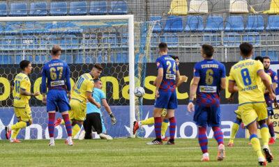 Αστέρας Τρίπολης-ΝΠΣ Βόλος 4-0: Εύκολη νίκη με… σόου Λουίς Φερνάντεθ